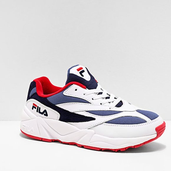 fila white and blue shoes